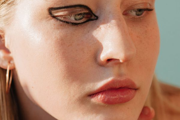 woman with eyeliner